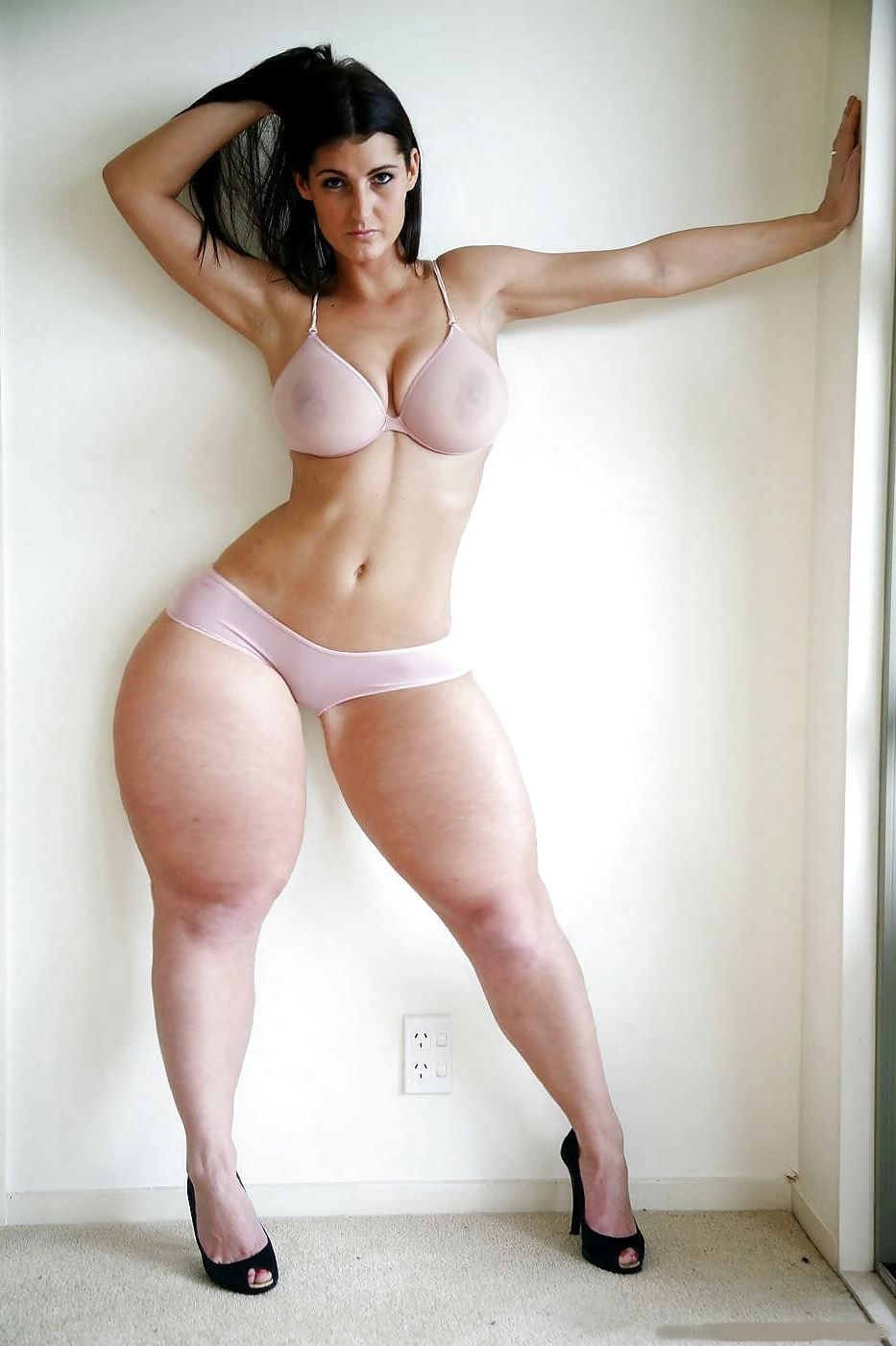 Thick with legs girls nude ХХХ ноги